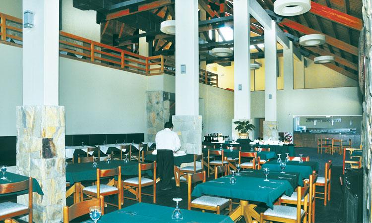 Resultado de imagen para hotel smata nihuil